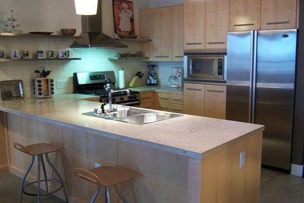 P413 Kitchen2